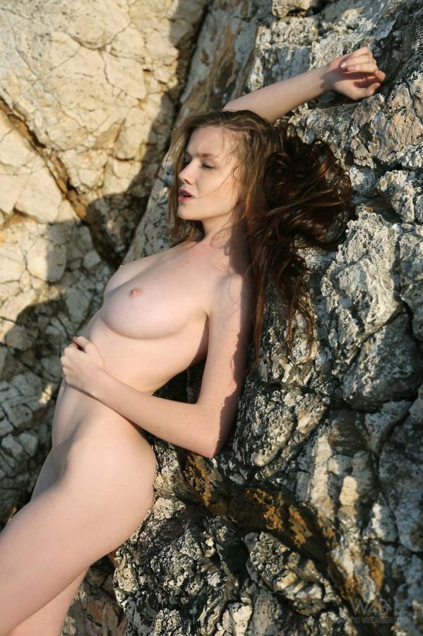 Emily Bloom gostosa e toda perfeitinha, que mulher linda.