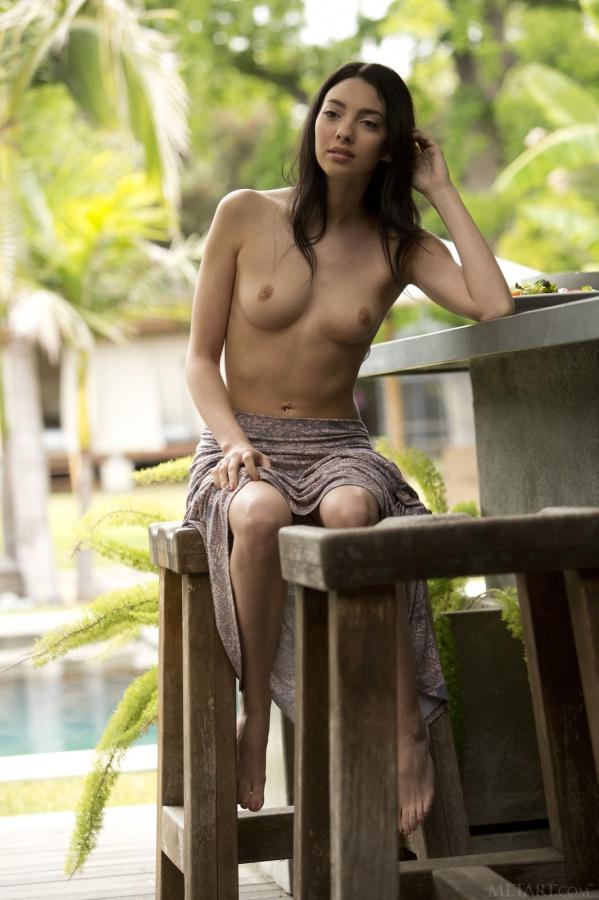 Araya Acosta gata muito gostosa com uma bela bucetinha sensacional.