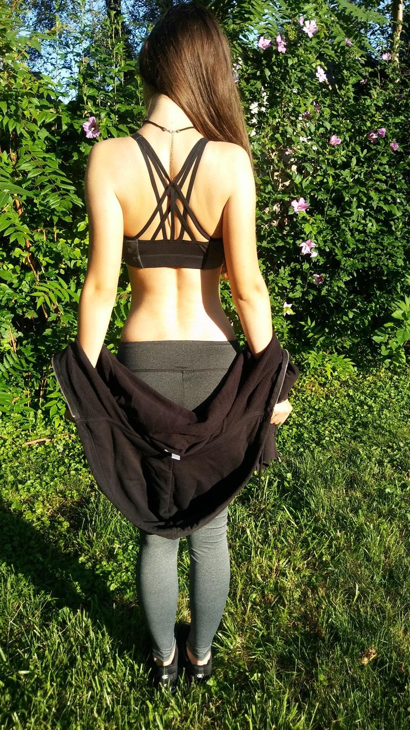 Amadora #1346 gostosinha bem safada tirando a roupa ninfetinha delicia