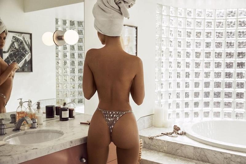 Emily Ratajkowski atriz americana safadinha em fotos sensuai