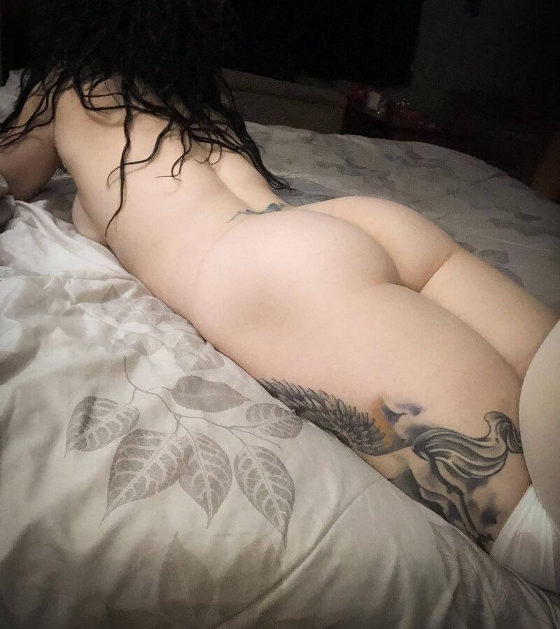 Tesudas gostosas com tesão nuas em fotos amadoras