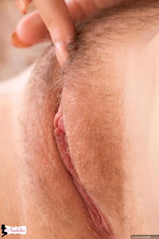 loira da buceta grande e depilada