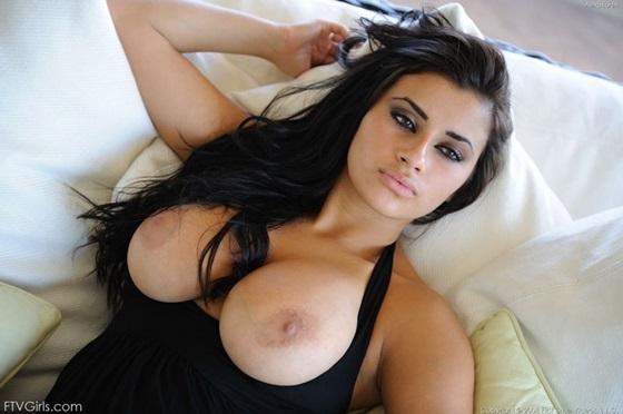 peitos nudelas morena gostosa linda5 Alexa Loren