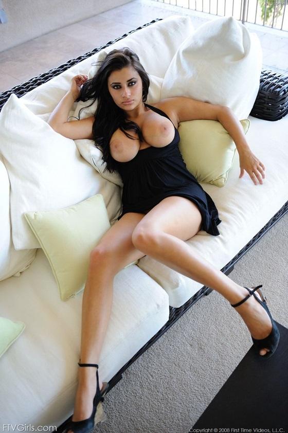 peitos nudelas morena gostosa linda9 Alexa Loren