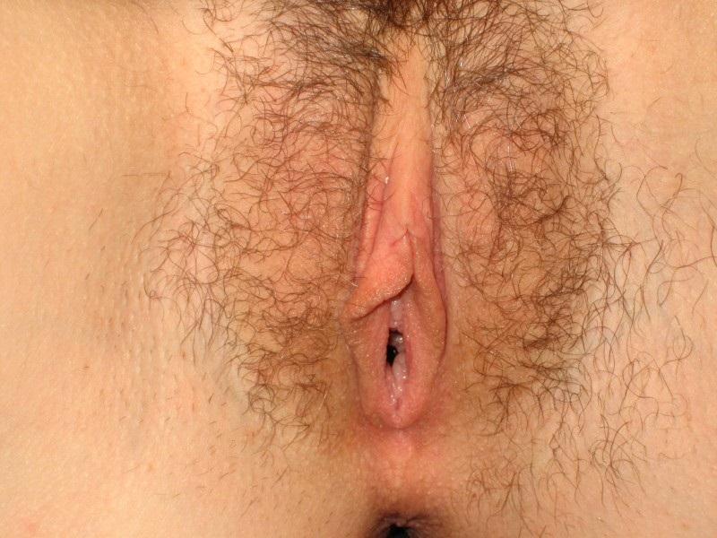 Lindas e gostosas peladas mostrando a bucetona carnuda