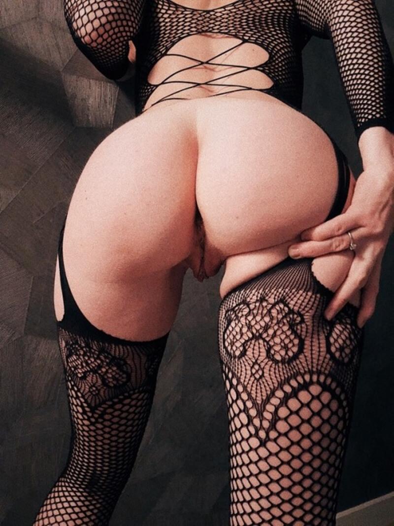 Gostosas com tesão mostrando a buceta bem safadas e lindas