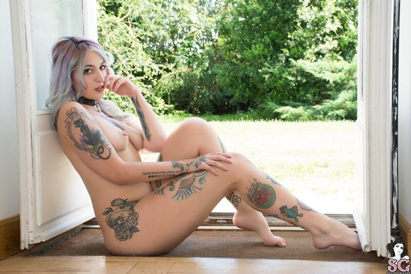 Gostosa sensual e muito safadinha pelada com tesão delicia