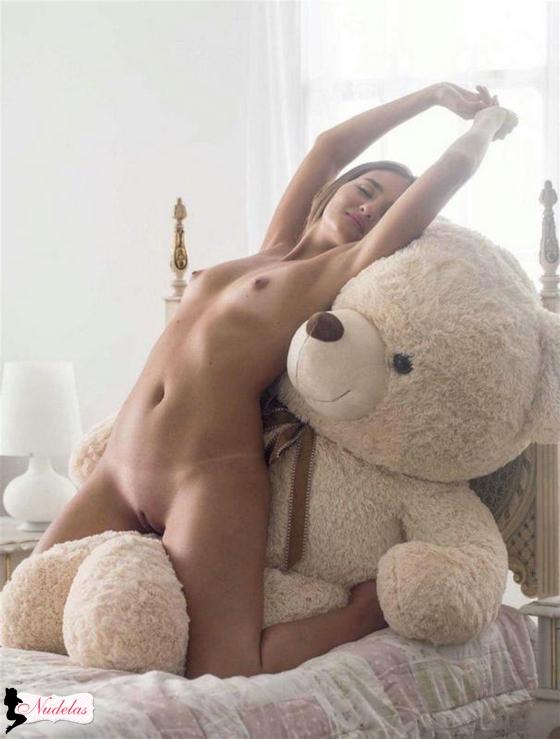 virgem playboy Catarina Migliorini gostosa bucetinha pussy
