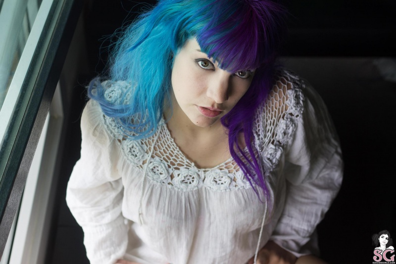 Morena tatuada gostosa rabuda pelada