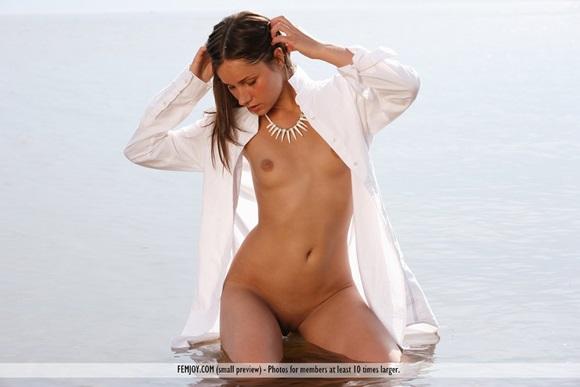 loira gostosa linda praia nudelas top3 Dana
