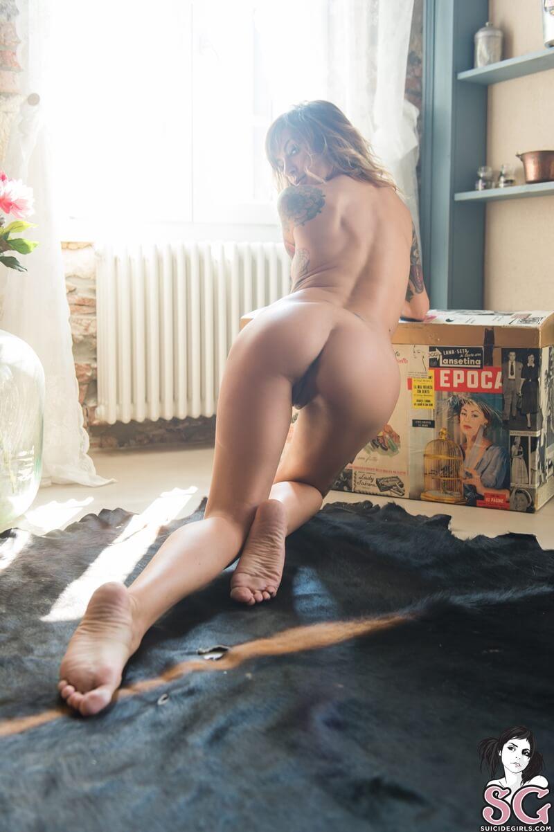 Cavalona gostosa e muito tesuda da buceta molhadinha delicia