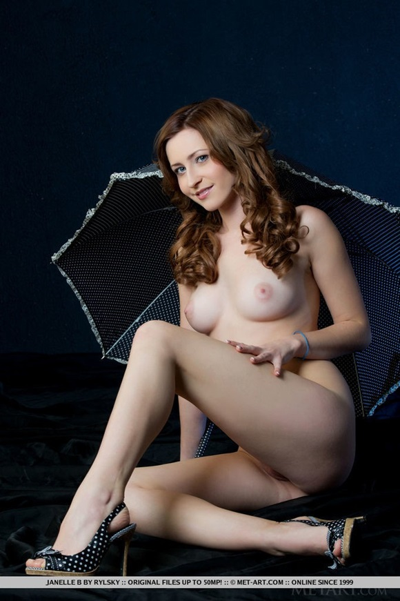 Mulher perfeita,muito gostosa.