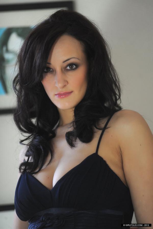 Janine May morena da bunda mais perfeita do mundo pelada
