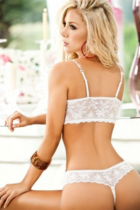 Lina Posada loira perfeita