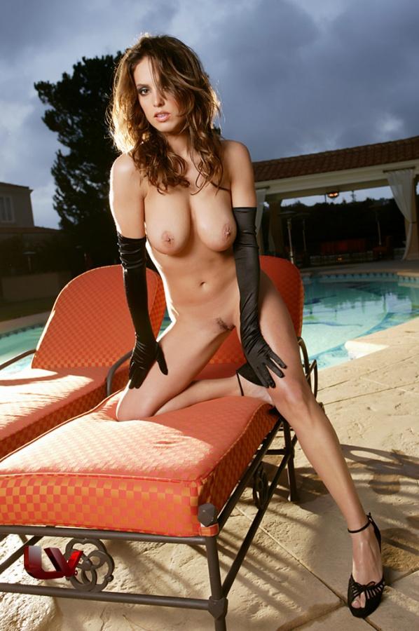 Lindsey Vuolo peituda e muito gostosa essa gata é um tesão de mulher