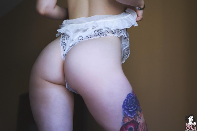 Rabuda gostosa buceta rosada pelada