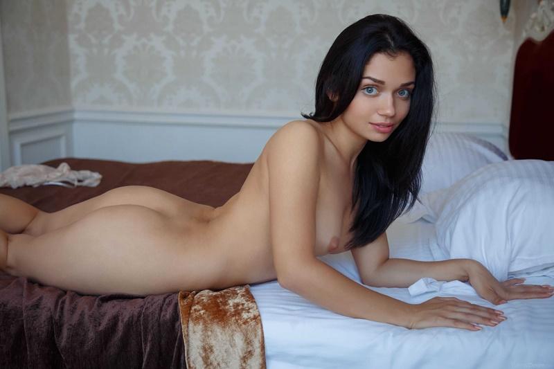 Marla C moreninha gostosa muito sensual e safadinha bem ninfeta