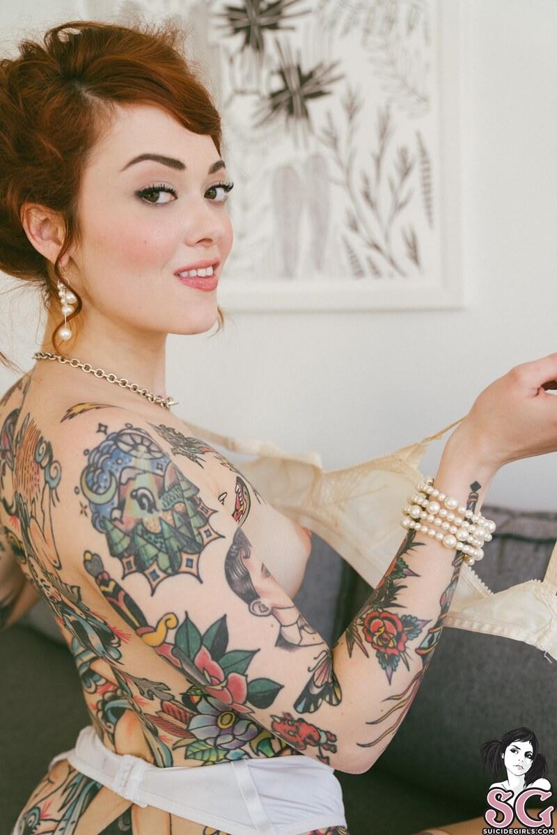 Ruiva sexy pelada muito gostosa com tesão delicia