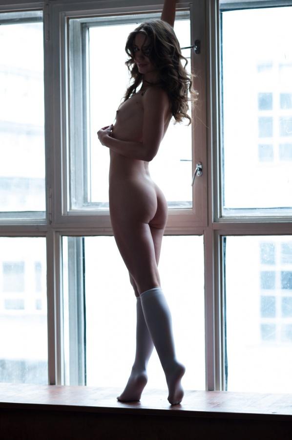 Mia Lee gostosinha com um belo corpo e uma carinha de safada.