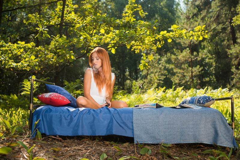 Michelle H ruiva gostosa mostrando seus belos peitinhos lindos e perfei