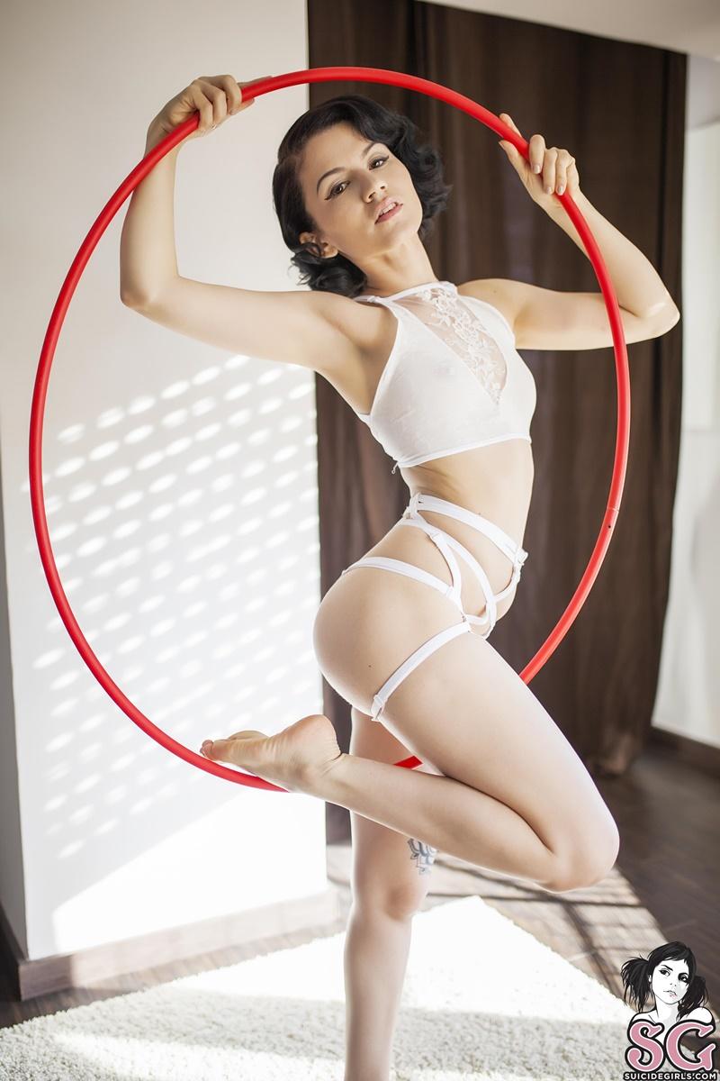 Misseris Suicide Girls ninfetinha gostosa e muito sensual de lingerie safadinha