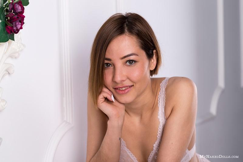 Japonesa da buceta peluda com tesão muito safada e gostosa