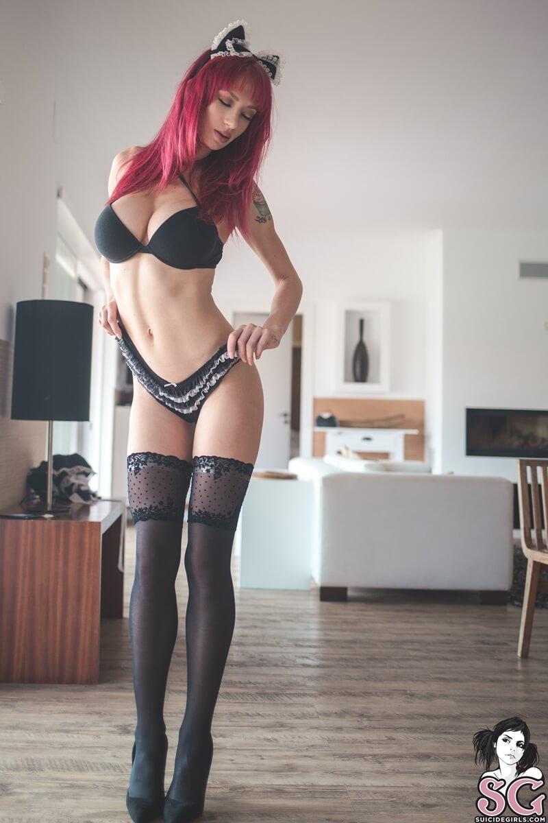 Peituda gostosa e sexy de lingerie bem safada e linda