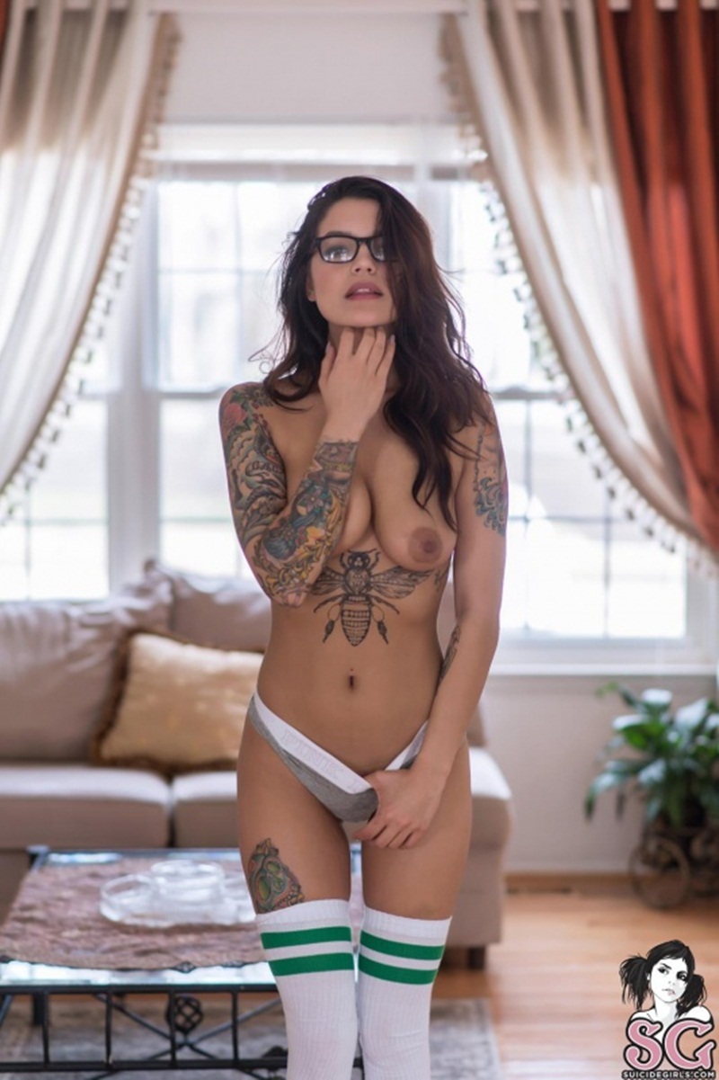 Nattybohh Suicide Girls mulher linda e gostosa peladinha bem sensual e safadinha