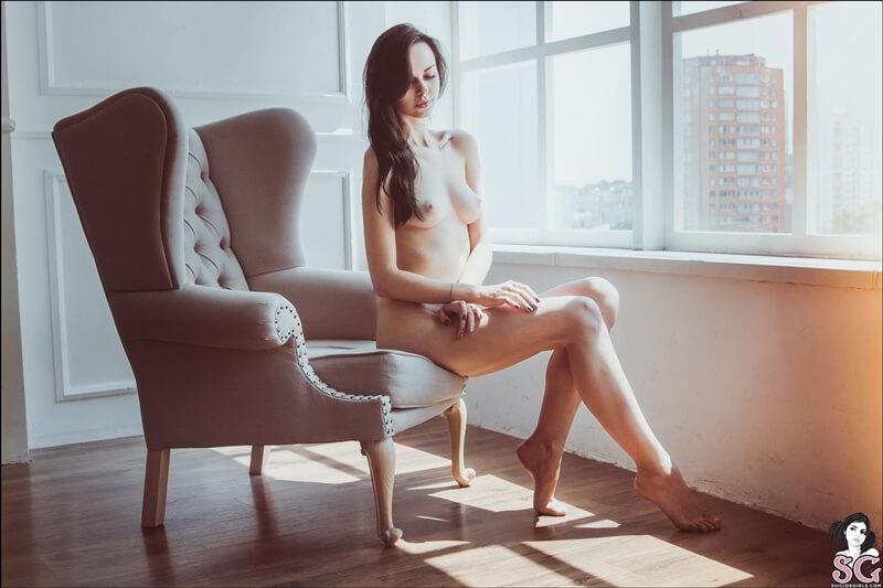 Orleana Suicide Girls ninfeta sexy e muito gostosa peladinha com tesão delicia