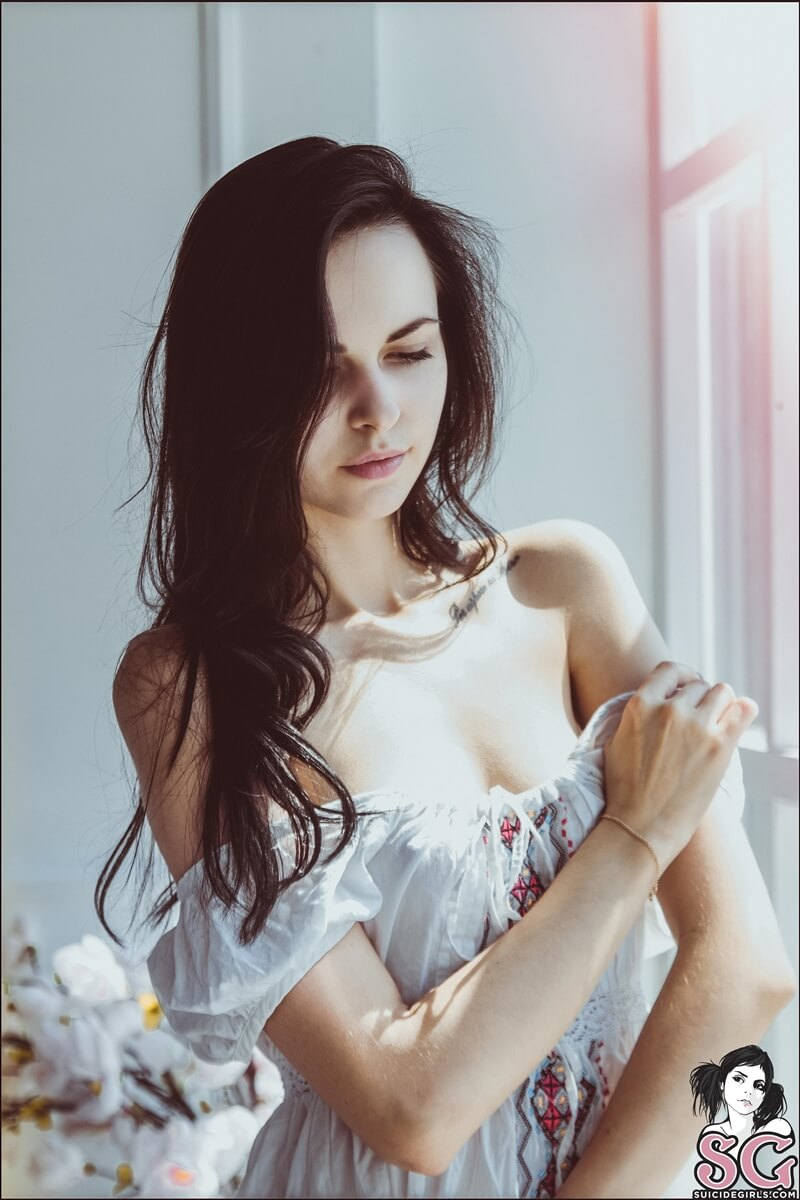 Ninfeta sexy e muito gostosa peladinha com tesão delicia