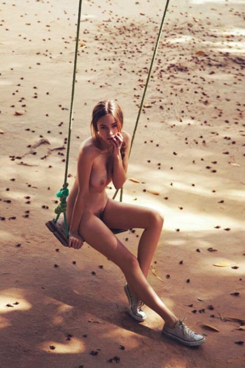 Fotos de mulheres gostosas sem roupa mostrando os peitões