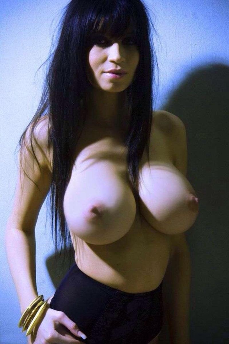 Члена грудастые телки из соцсетей посещение порно смотреть