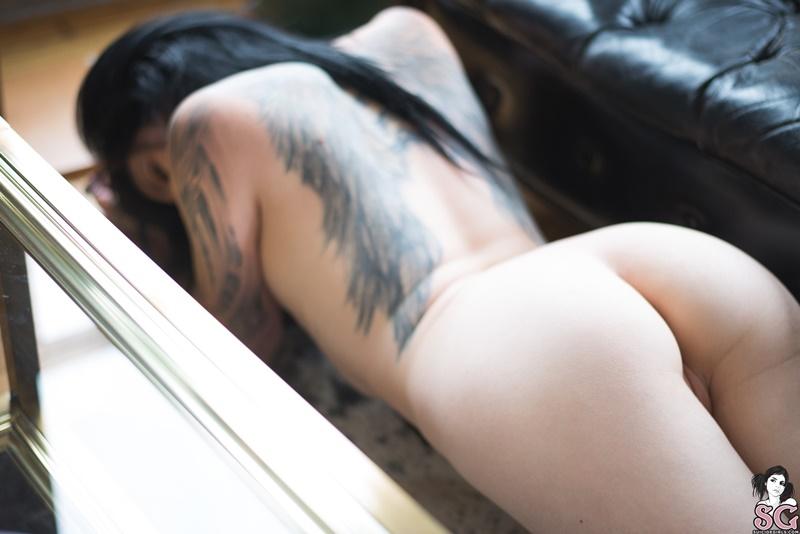 Branquela sexy e safada com tesão muito gostosa peladinha