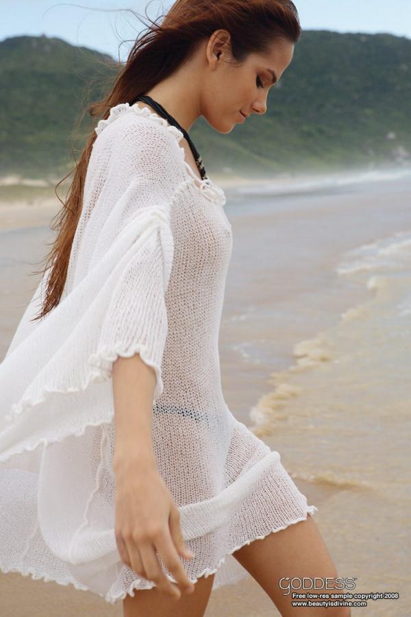 Roberta Murgo gostosa brasileira peladinha bem safada e sensual peitinhos