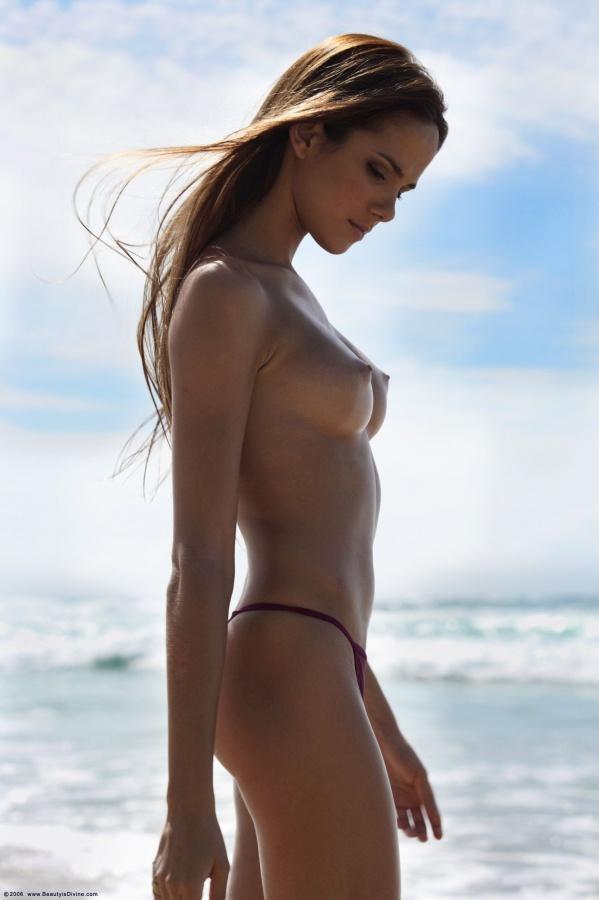 Roberta murgo naked pics on nude pics