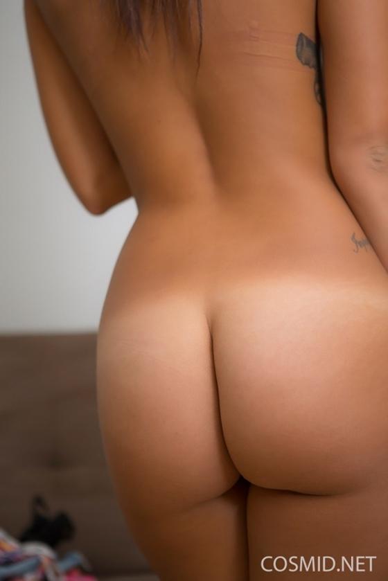 fotos de uma morena bunduda muito gostosa com seios lindos