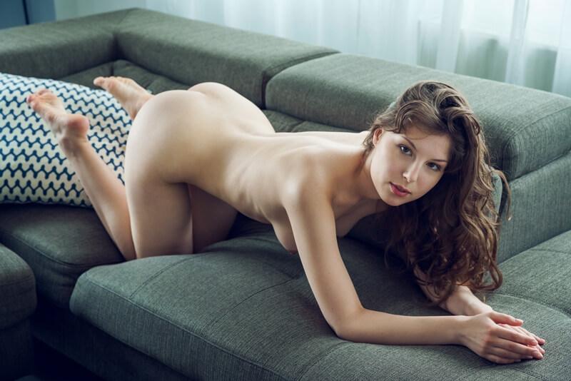 Ninfeta safada se masturbando muito gostosa com tesão delici