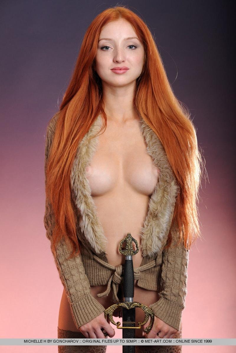 Mulheres gostosas e peladas bem safadinhas mostrando os peit