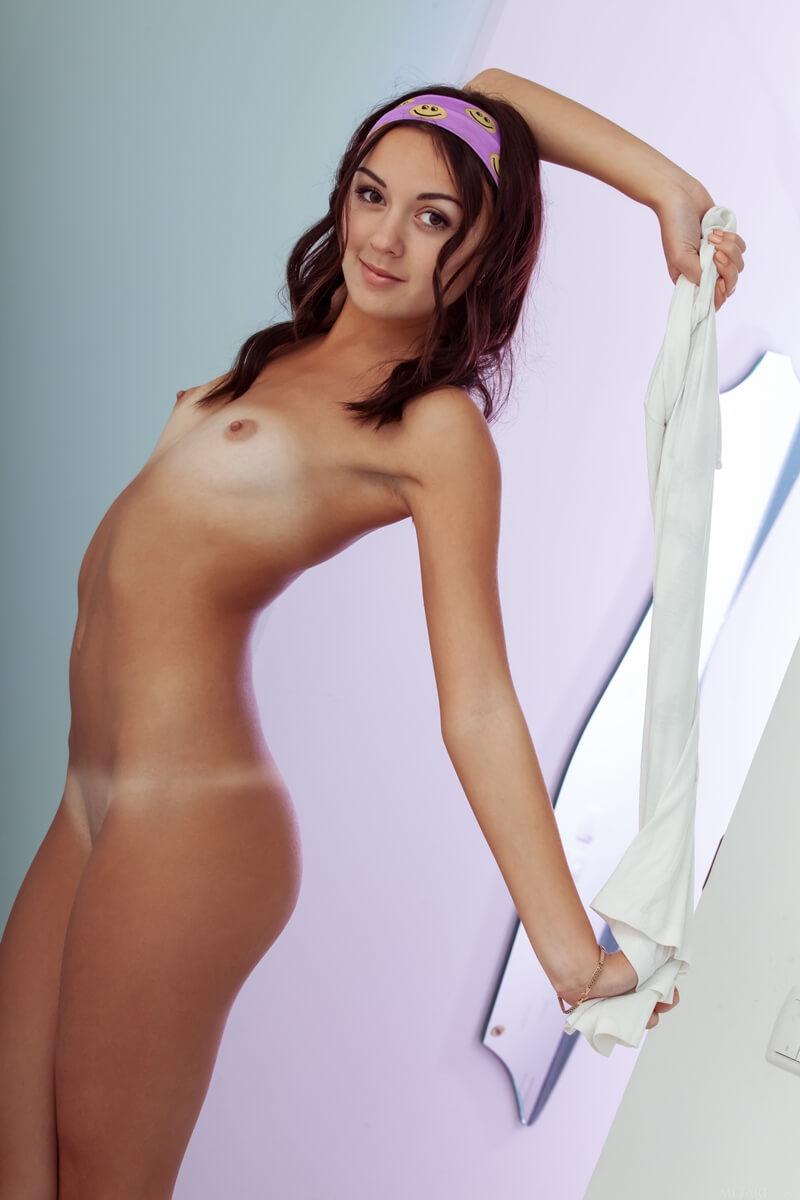 Ruiva safada da buceta carnuda muito gostosa peladinha