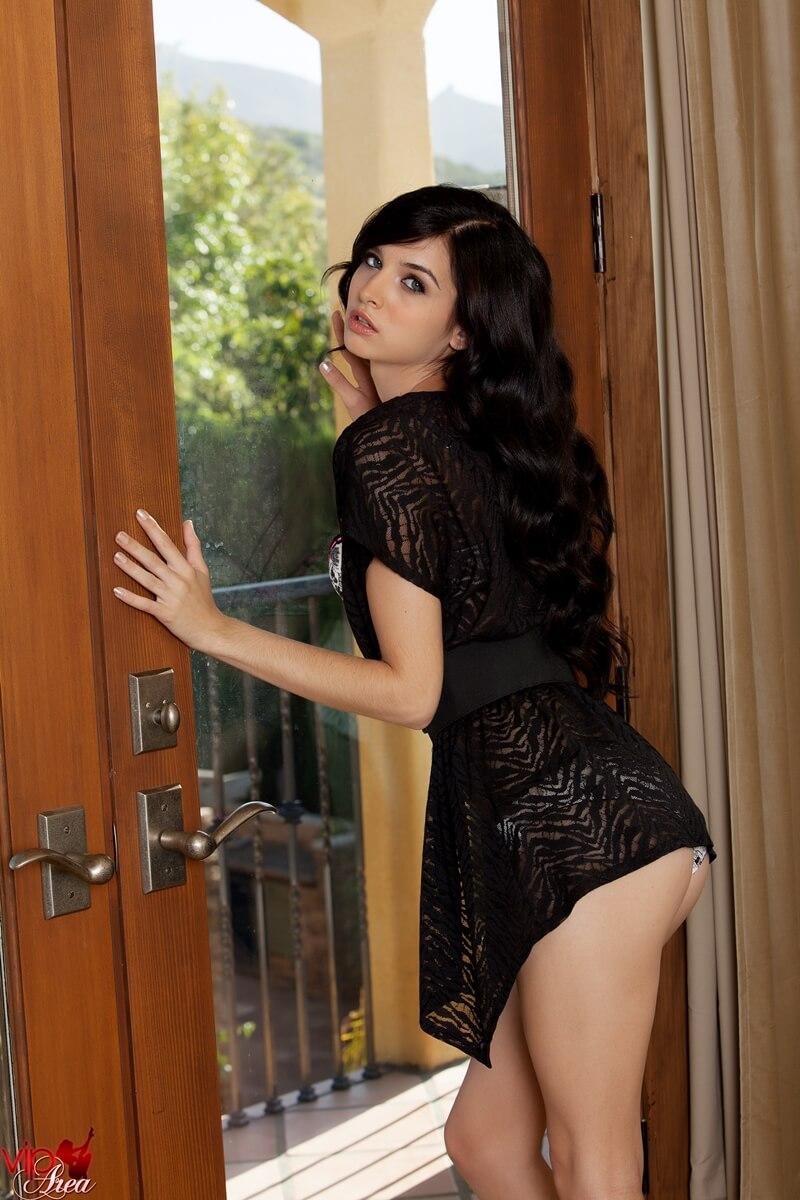 Morena sensual e gostosa muito safada e linda peladinha deli