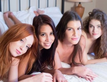 Red Fox, Paula Shy, Sindy Black e Vanessa